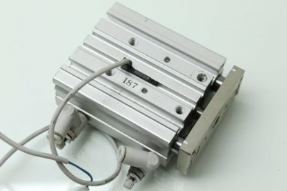 SMC MGPM16 40Z A93VS Guided Air Cylinder Slide Table 16mm Bore x 40mm Stroke Used 183391711220 3
