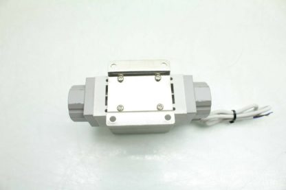 SMC PF2A711 03 27 M Digital Water Flow Switch 10 100LMin Flow 38 Port Used 172393893350 3