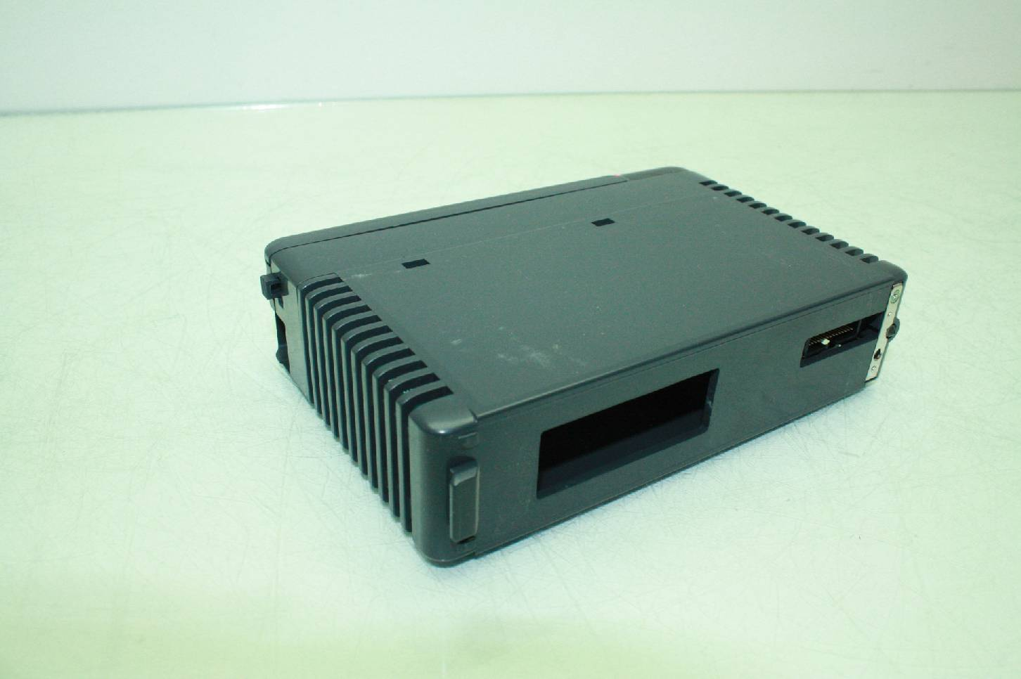 Koyo PLC Direct D4-32TD2 32-point 12-24 VDC Current Sourcing Output Module