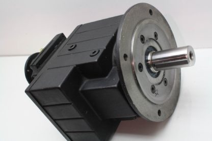 New Lenze GST07 3NVCK 4C Heavy Duty Servo Grade Helical Gear Head 326331 Ratio New 171308673852 12