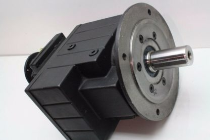 New Lenze GST07 3NVCK 4C Heavy Duty Servo Grade Helical Gear Head 326331 Ratio New 171308673852 2