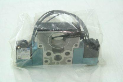 New MAC 825C PM 111DA 642 53 Closed Center 120V Coil Non Locking Valve New 172054514483 2