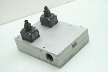 2 Burkert SE12 Inline Paddle Wheel Transmitters SY03C Manifold 1 34 NPT Used 172228184704 2