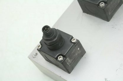 2 Burkert SE12 Inline Paddle Wheel Transmitters SY03C Manifold 1 34 NPT Used 172228184704 5