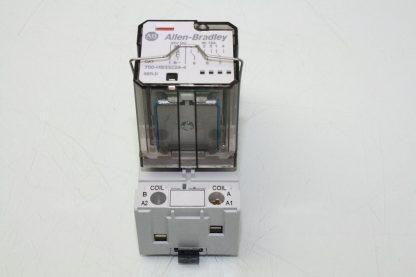 Allen Bradley 700 HB33Z24 4 Square Base Relay W Allen Bradley 700 HN153 Socket Used 172121795124