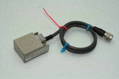 Omron V600 H11 5 Inductive RFID Sensor Head Proximity Used 172124058924