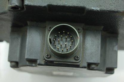 Yaskawa USADED 22 HG11 AC Servo Motor 22kW 105 N m 2000RPM 28mm USAFED Used 172885978855 26