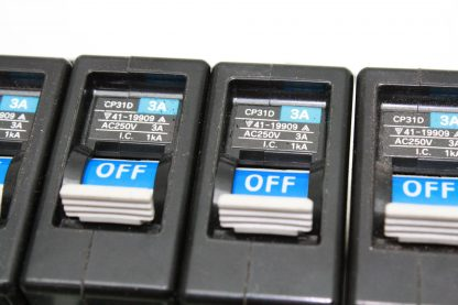 10 Fuji Electric CP31D Circuit Breakers 1 Pole 3A Trip Rating Used 172124058986 4