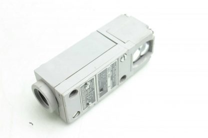 Allen Bradley 880L RA1 Photoelectric Retroreflective Photo Switch A Series Used 172503606926 19