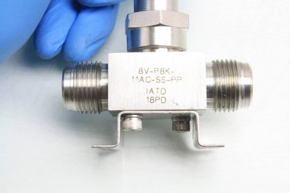 Parker 8V P8K 11AC SS PP Stainless 12 Face Seal Bellows Valve NC Used 171599637463 6