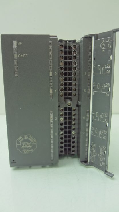 Siemens 6ES7 326 2BF40 0AB0 Safety SM326 Output Module 8 Point Digital Out 24V Used 172199789441 6