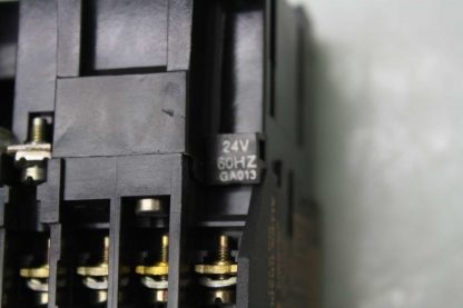 Allen Bradley 500 T0D94 Reversing Contactor Relay 195 FA40 24V DC Coils Used 172137247517 7