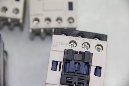 2 Schneider Electric LC1D09BD Control Contactor 5 24V DC Coil LADN40 NO Block Used 172104239581 8
