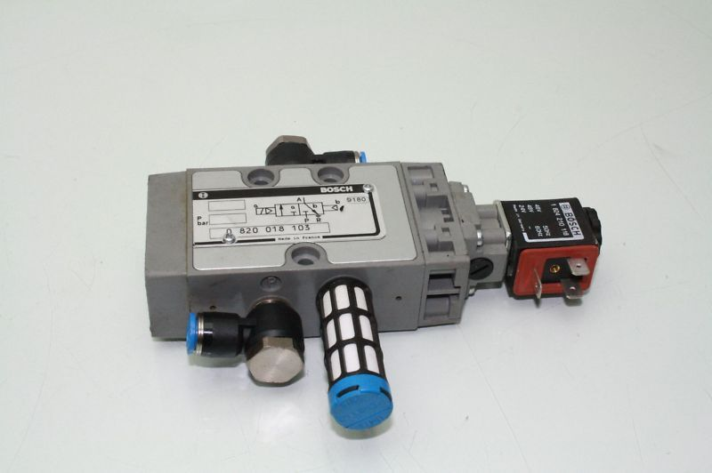 Bosch Pneumatic Valve Solenoid Coil Rexroth 0820018103 - Used