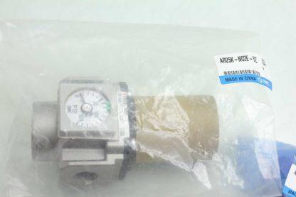 New SMC AR25K N02E YZ Modular Regulator 0 150 PSI w Mounting Hardware Series AR New 172196375129 2