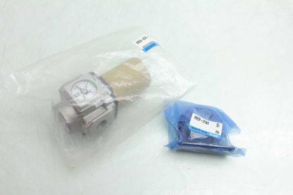 New SMC AR25K N02E YZ Modular Regulator 0 150 PSI w Mounting Hardware Series AR New 172196375129