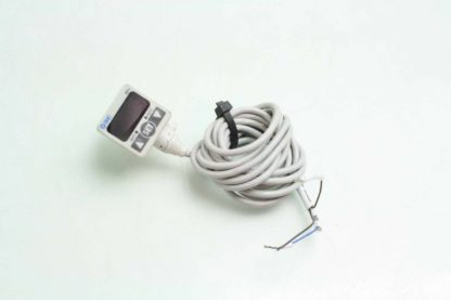SMC ISE40 01 22L Digital Pressure Switch 01 10 MPa Range 12 24V Switch Input Used 172196638009 2