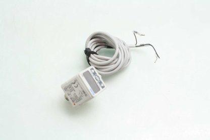 SMC ISE40 01 22L Digital Pressure Switch 01 10 MPa Range 12 24V Switch Input Used 172196638009 3
