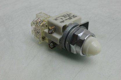 Square D 9001 KM1 30mm White Pilot Indicator Light 110 120V AC Used 172502018569 2
